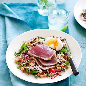 Seared Tuna and Chickpea Salad